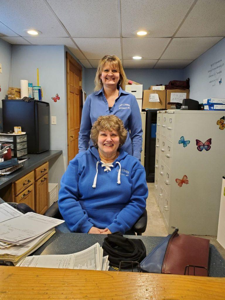 G&W LUMBER CENTER - Glenda administrator